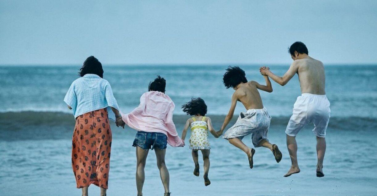 'Assunto de família' narra as vivências de uma família japonesa marginalizada