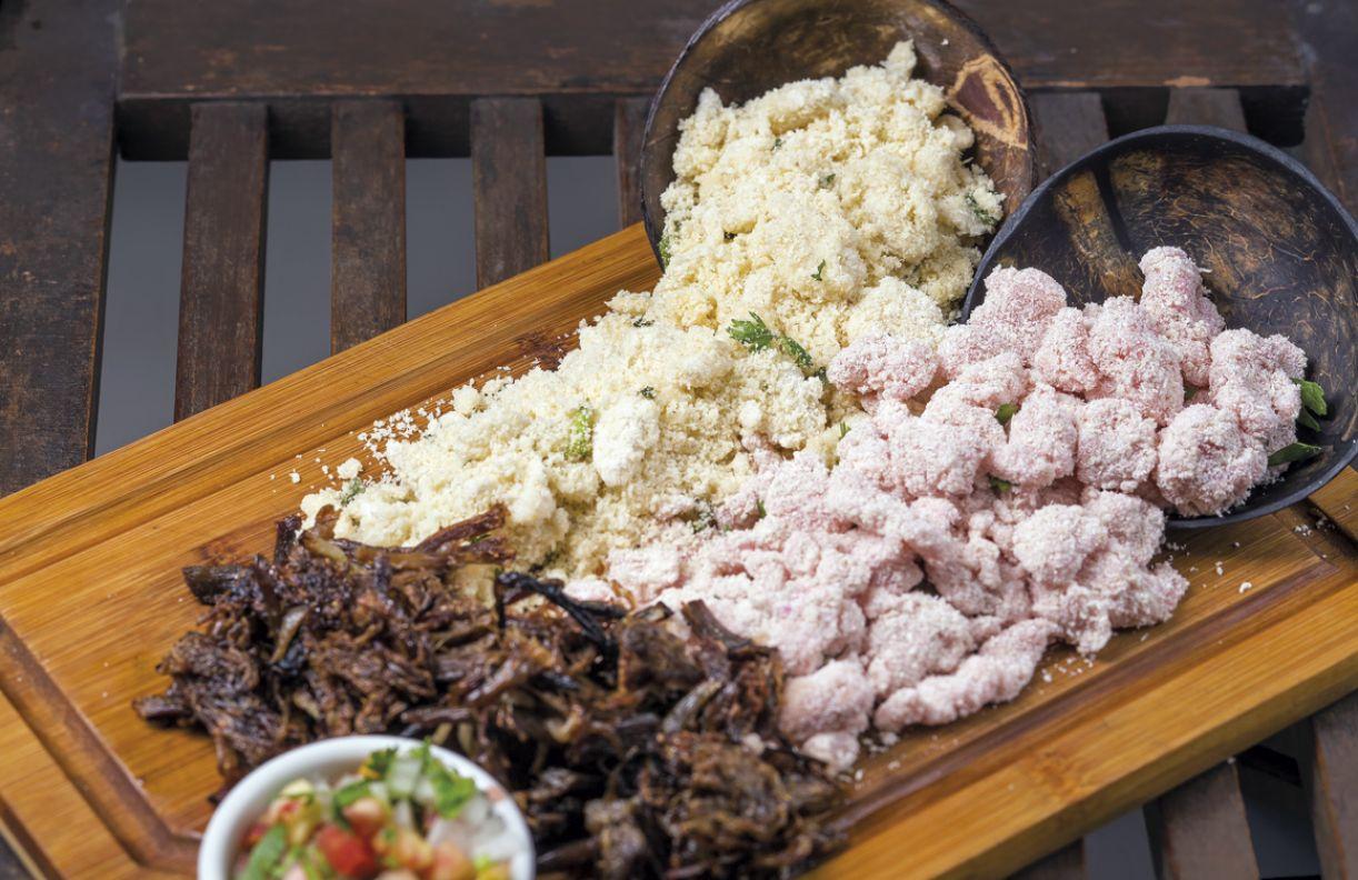 Farofa de bolão, ovo e jerimum integram os acompanhamentos do Cozinhando Escondidinho