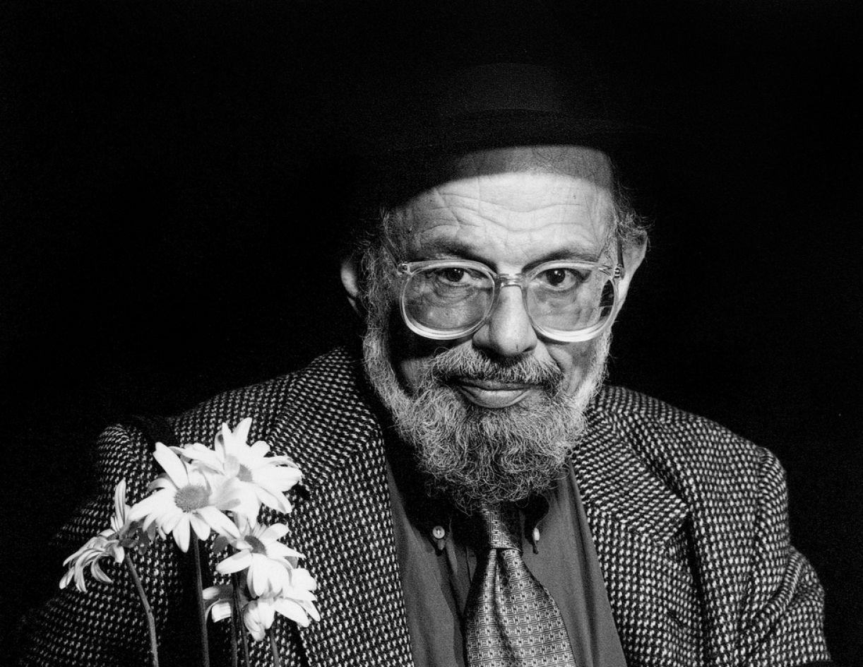 O poeta Allen Ginsberg