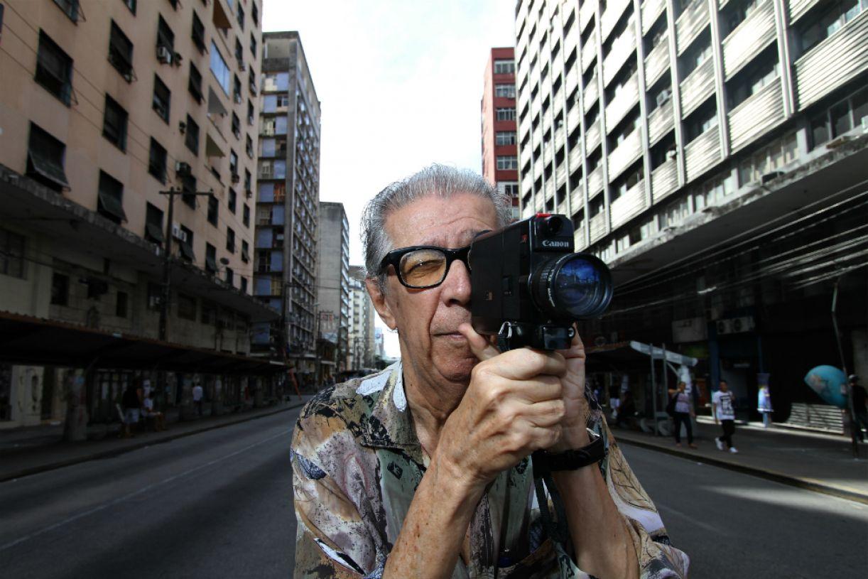 O poeta, cineasta e crítico cultural Jomard Muniz de Britto