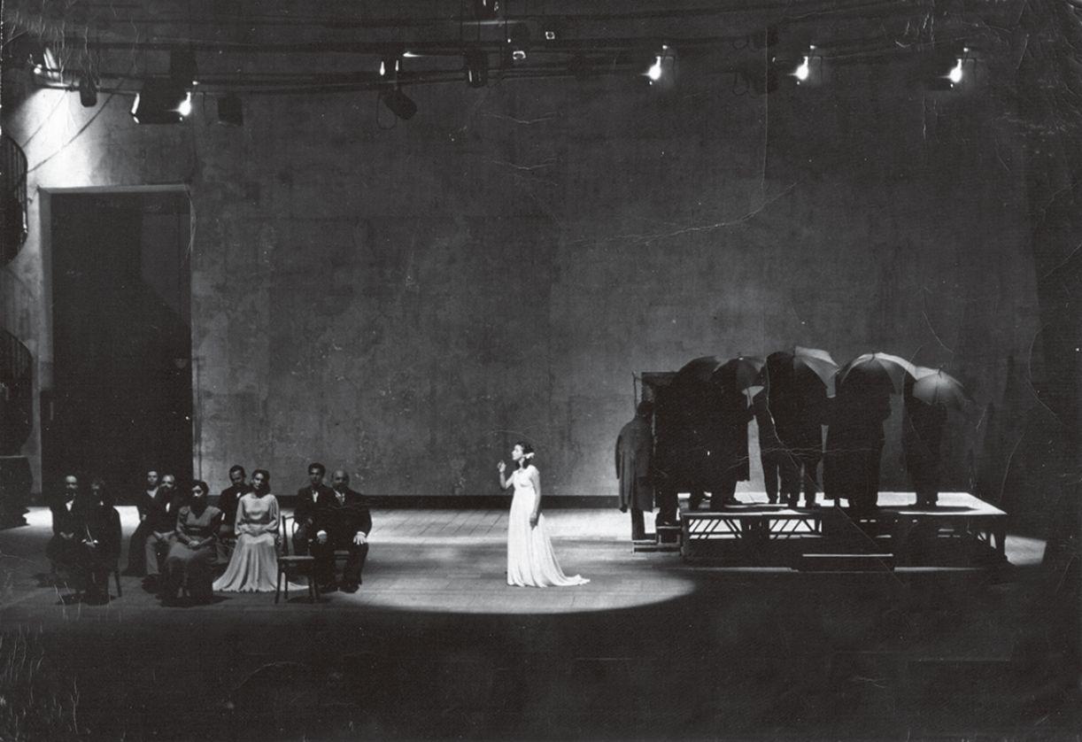 Em 1949, registro da peça 'Nossa Cidade', do TAP