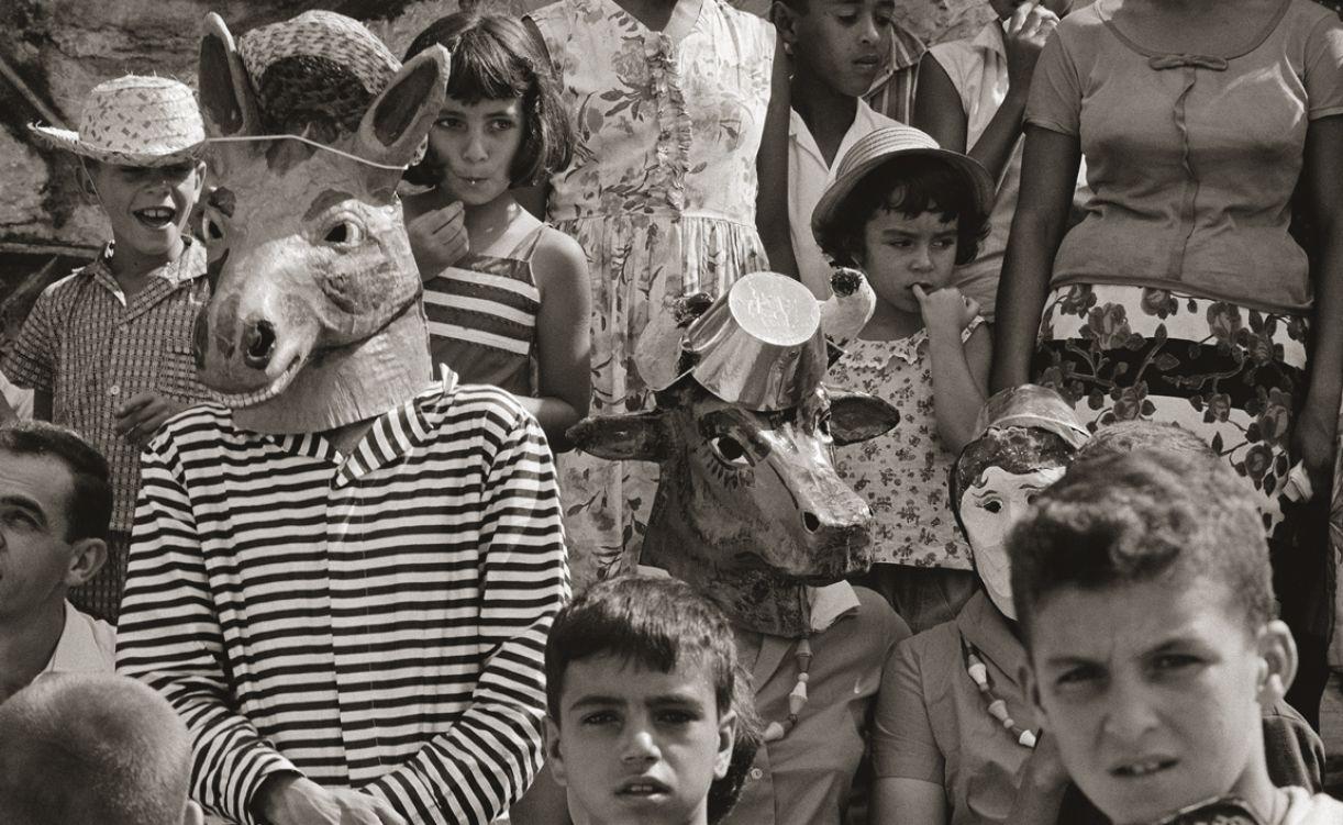 Fotógrafa empreendeu imersão na vida de quatro famílias de diferentes cidades do país