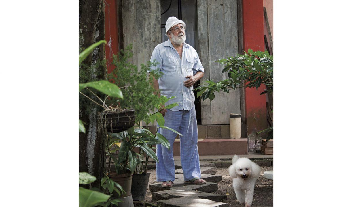Montez Magno mantém ateliê em sua casa