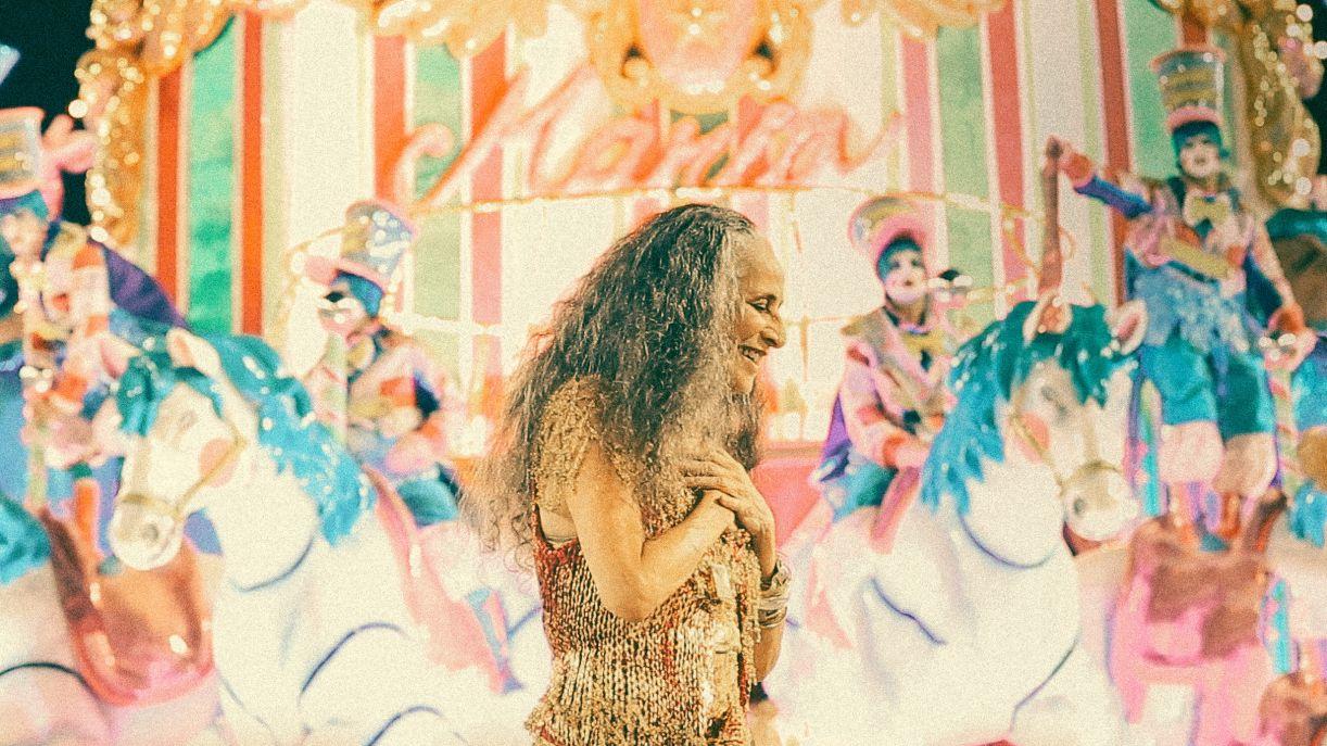 A cantora Maria Bethânia em 'Fevereiros'