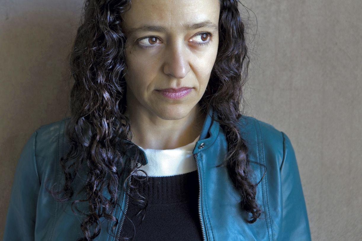Lina Meruane faz uso de múltiplos sentidos e aposta na possibilidade de escrever com todo o corpo