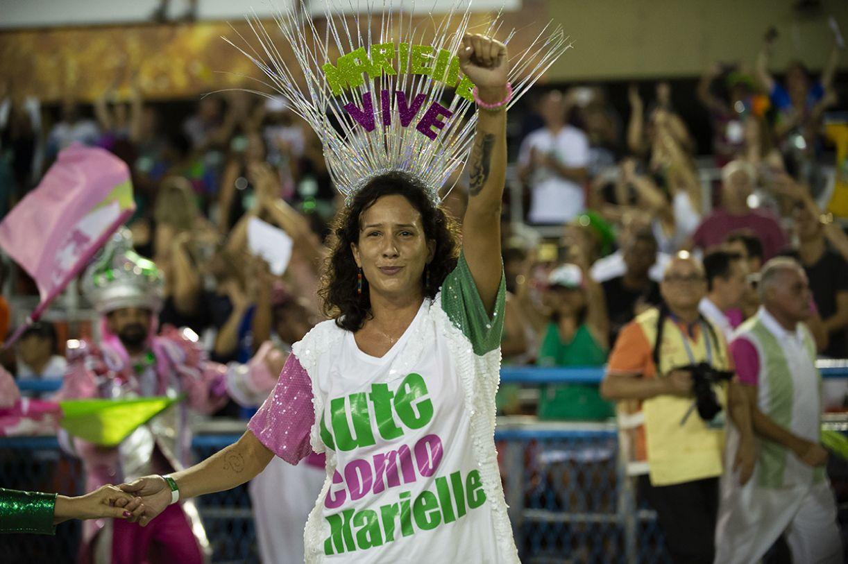 Mônica Benício no desfile da Mangueira, campeã de 2019