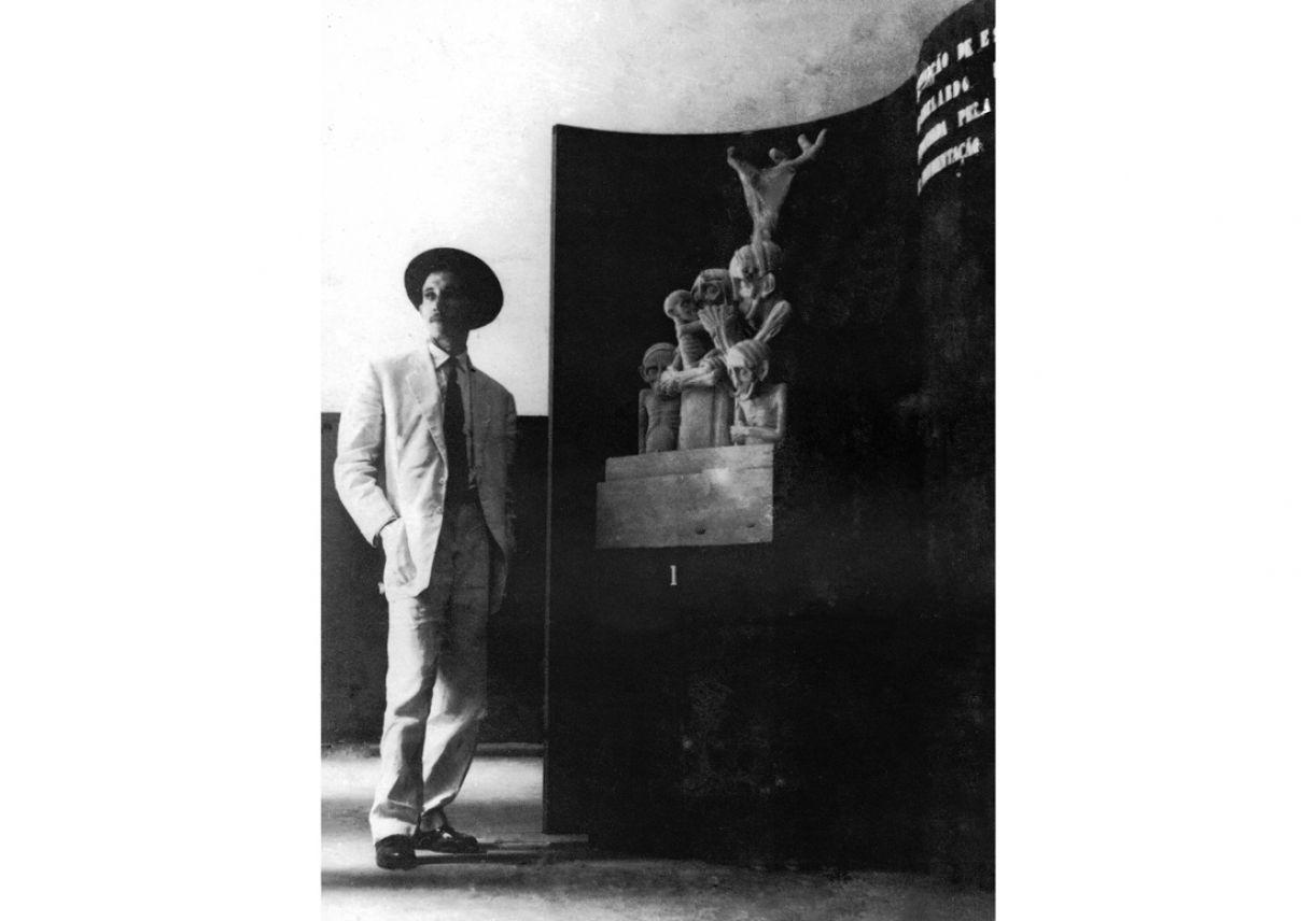 Abelardo da Hora na sua primeira exposição em que me deparei com a arte da escultura