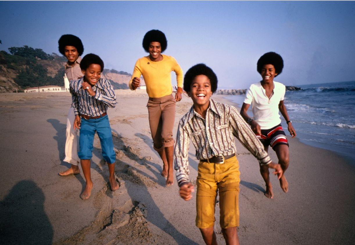 The Jackson 5 na praia de Malibu, em 1969