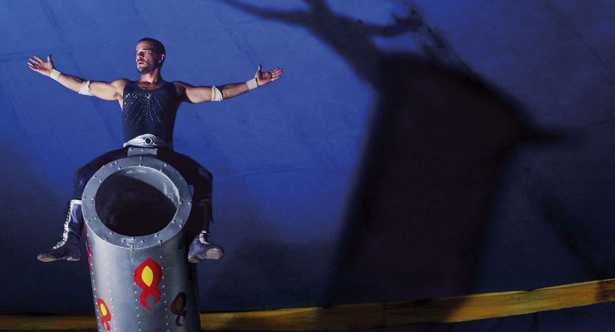 Daniel de Oliveira interpreta homem-bala que volta à terra natal para enfrentar