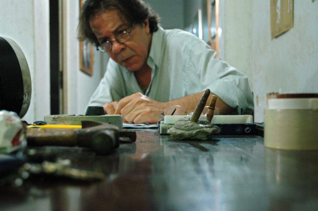 O artista Rodolfo Mesquita