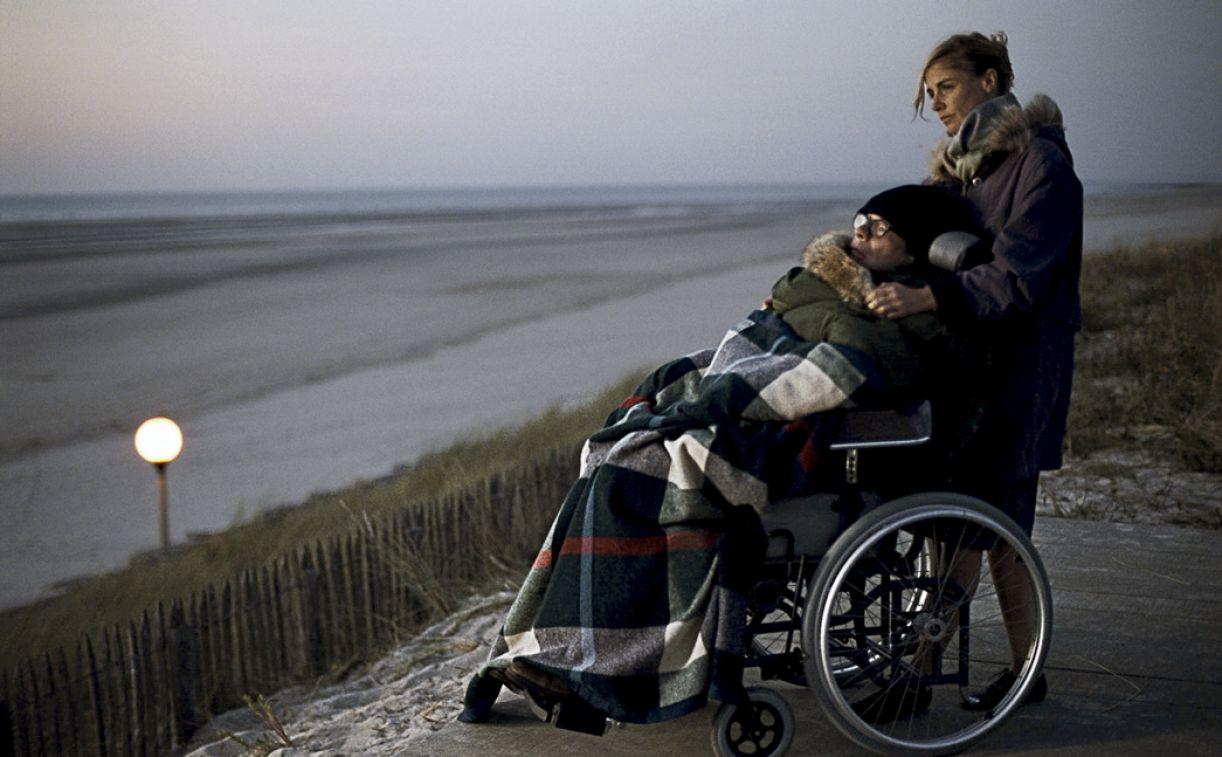 O longa 'O escafandro e a borboleta' leva às telas o relato do jornalista que ficou totalmente paralisado depois de um AVC