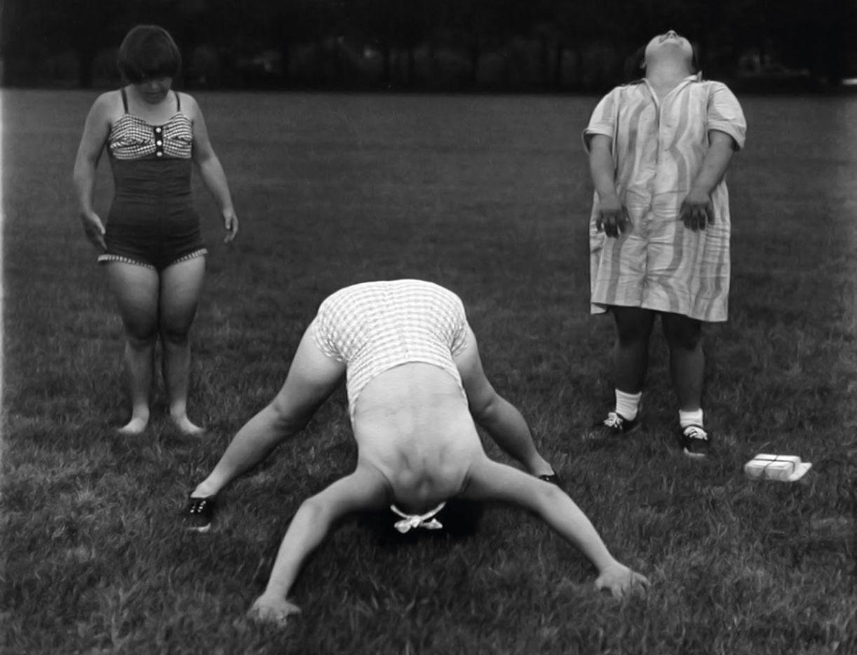 Numa casa para pessoas com deficiência intelectual, a fotógrafa realizou um de seus últimos trabalhos