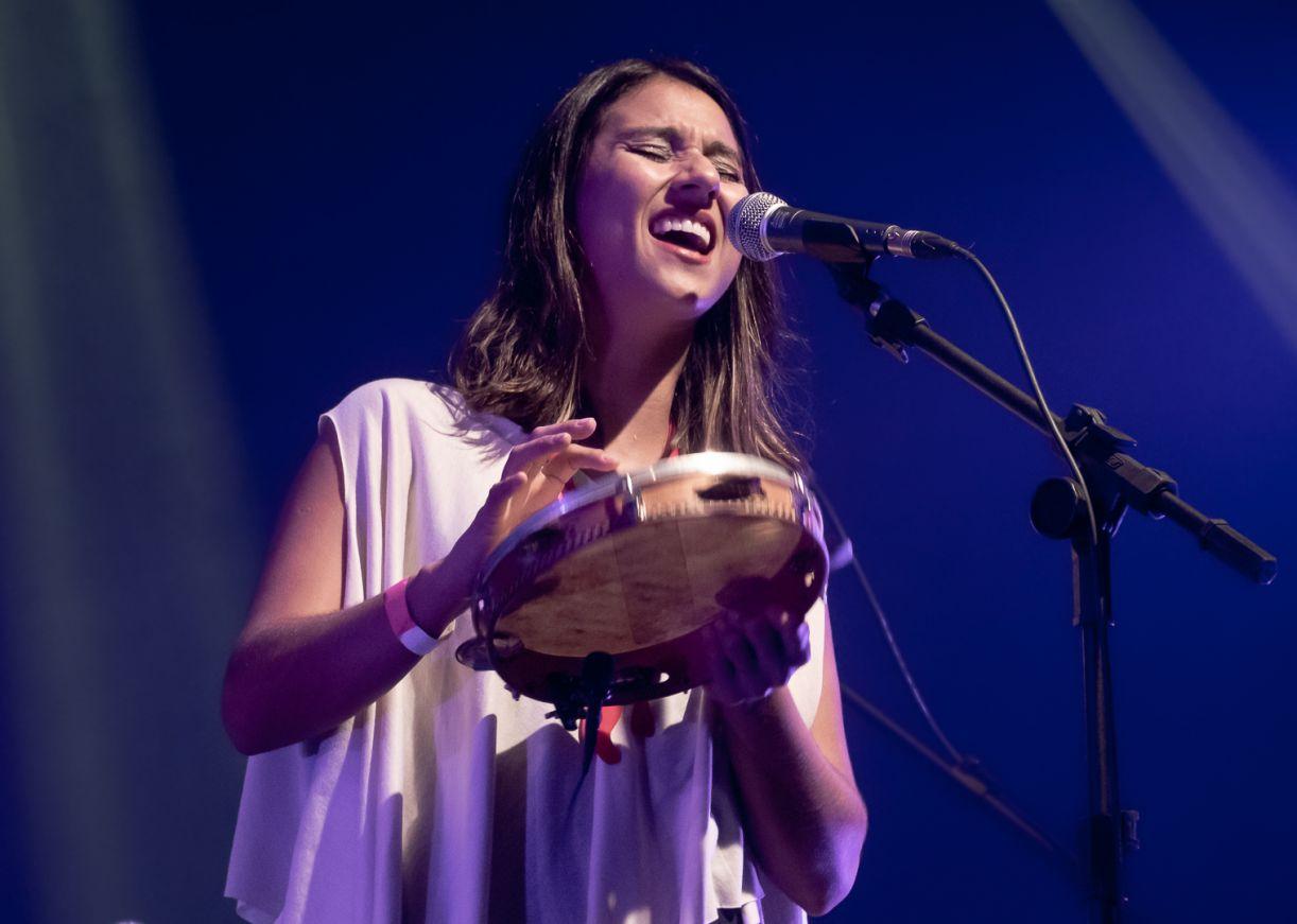 A instrumentista e educadora Lara Klaus