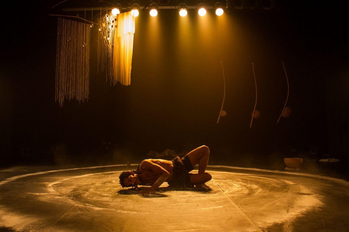 O bailarino pernambucano Orun Santana