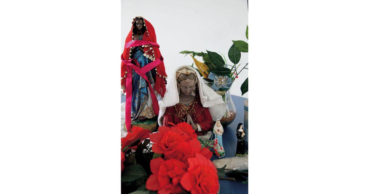 A santa negra Sara Kali é amplamente reverenciada na Europa