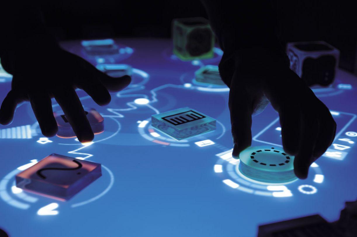 O Reactable produz som a partir da interação entre os objetos