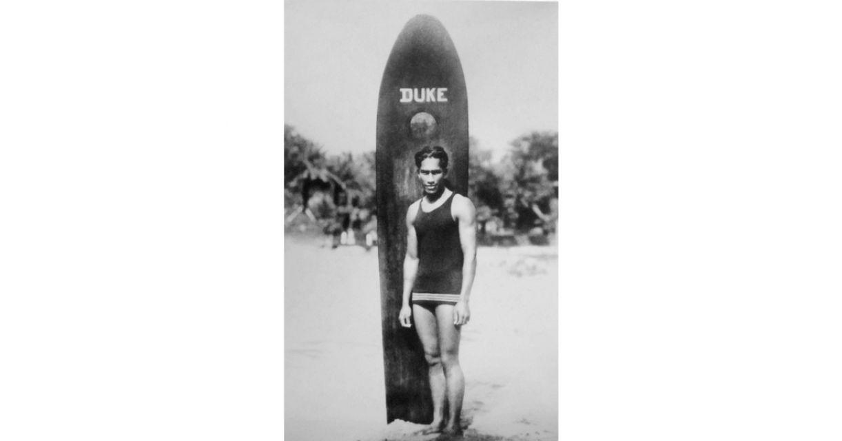 Duke Paoa foi um dos precursores do surf, no começo do século passado