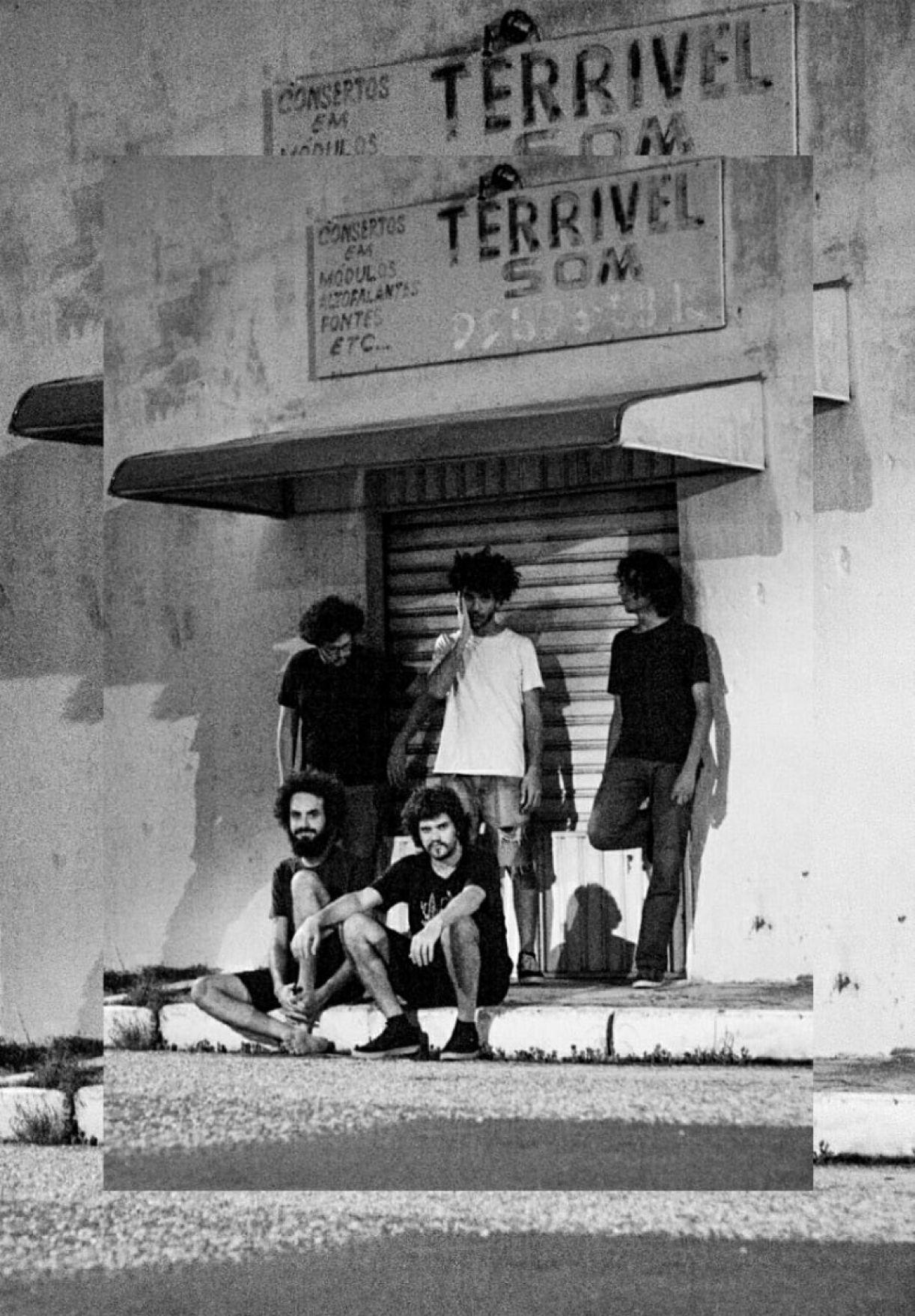 Os integrantes da Madame Javali – Fábio Barros, Luno Torres, Gabriel Perninha, Allan Jonnes e João Mário