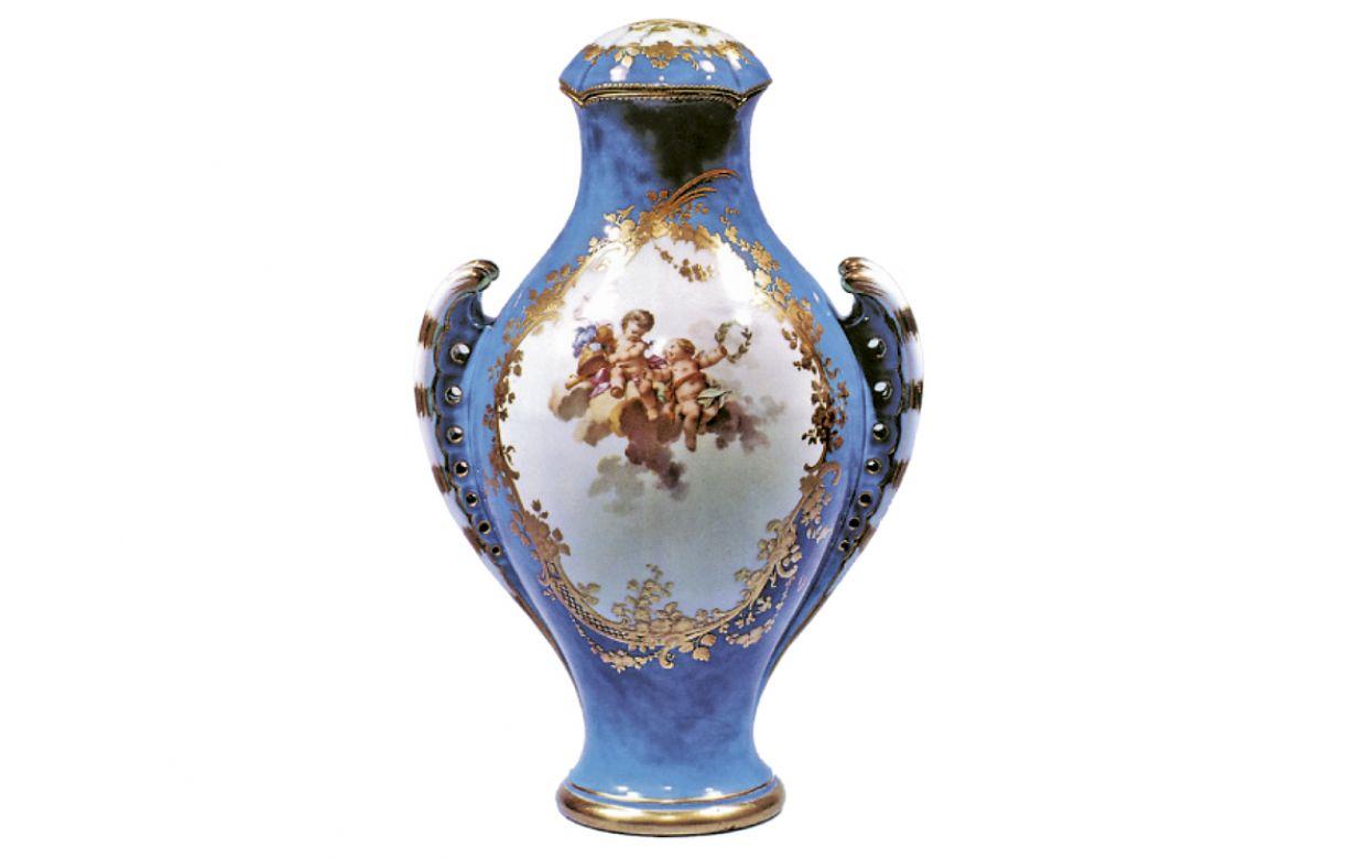 entre os verbetes, vários referem-se a utilitários e decorativos produzidos com este material
