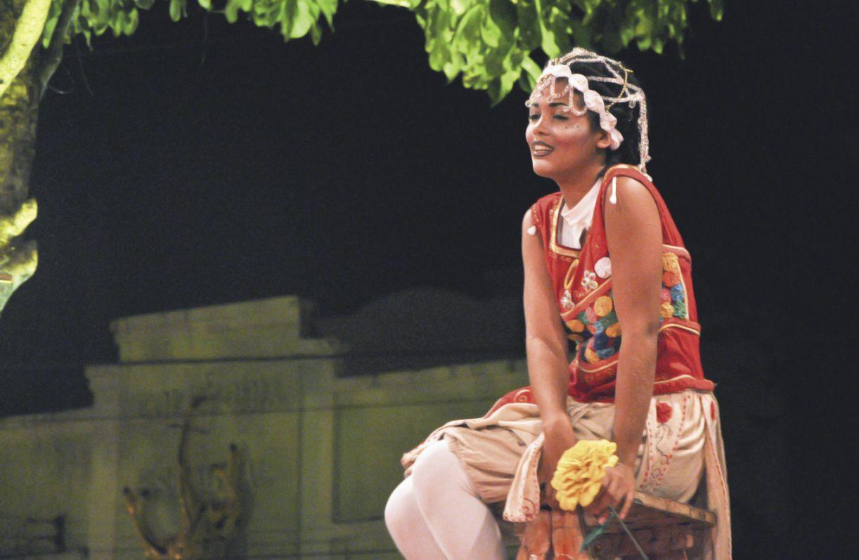 Além de comandar a percussão, Lu Nunes foi uma das atrizes que interpretou Julieta