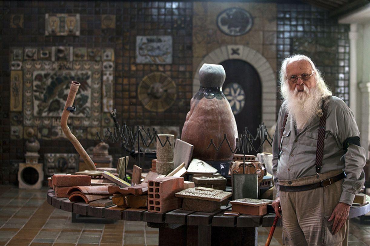 Francisco Brennand prestes a completar 90 anos em sua oficina de cerâmica, na Várzea, Recife