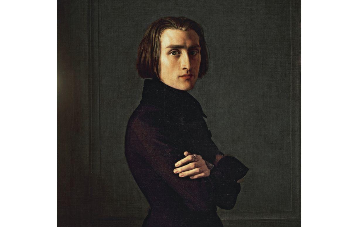 Liszt foi o primeiro músico, de que se tem notícia, a conquistar fama pelos seus longos cabelos naturais
