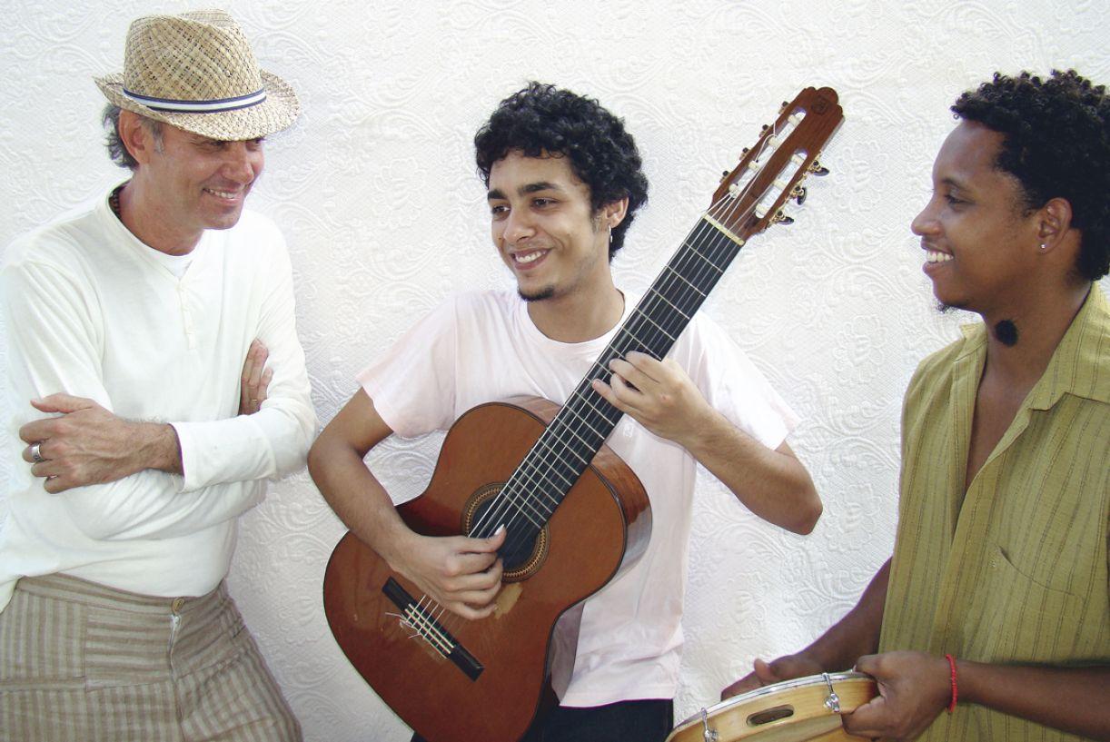 Geraldo Maia, Vinícius Sarmento e Lucas dos Prazeres assinam a produção musical do CD