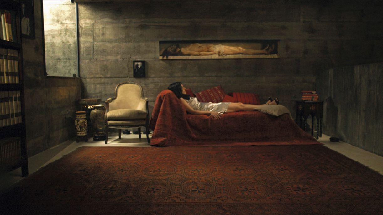 No filme 'O caso Dora', artista toma partido da teoria social e da psicanálise para discutir o sujeito