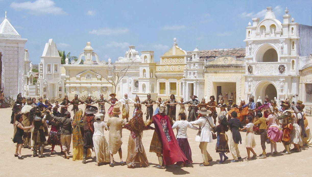 Livro 'A Pedra do Reino', de Ariano Suassuna foi adaptado para a TV, em 2007, na elogiada minissérie dirigida por Luiz Fernando carvalho