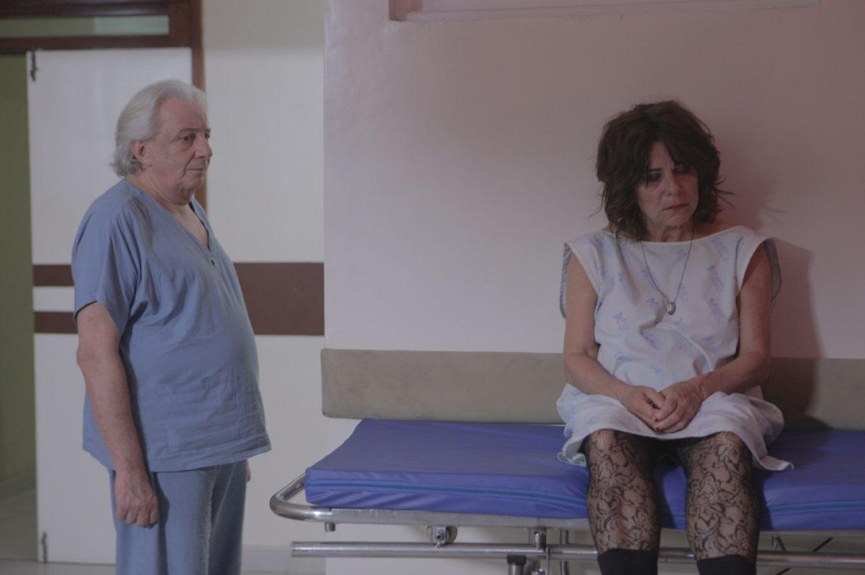 Marco Nanini e Denise Weinberg em cena de