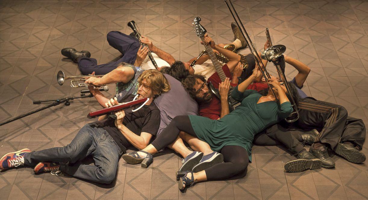 Grupo Galpão, de Minas Gerais, traz ao festival sua 23° montagem, espetáculo 'Nós'