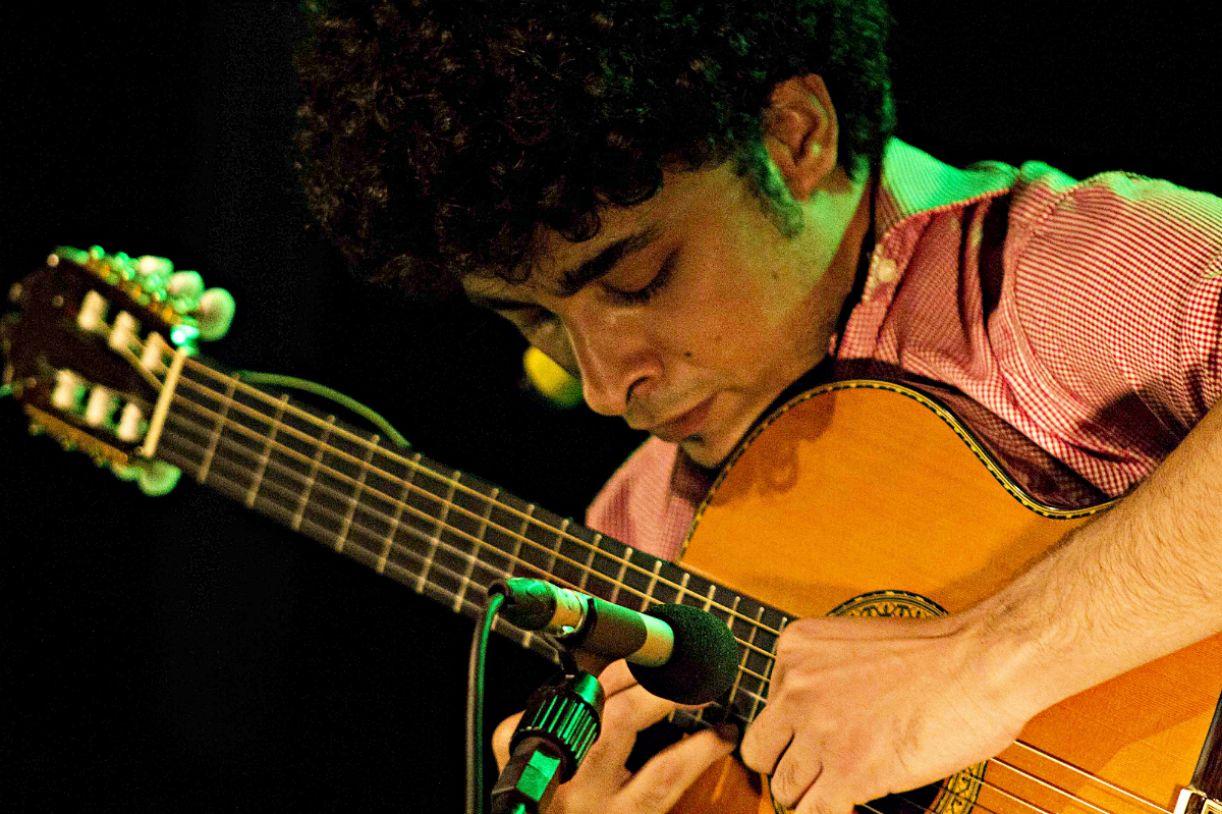 Vinícius Sarmento faz parte da programação do Festival do Choro