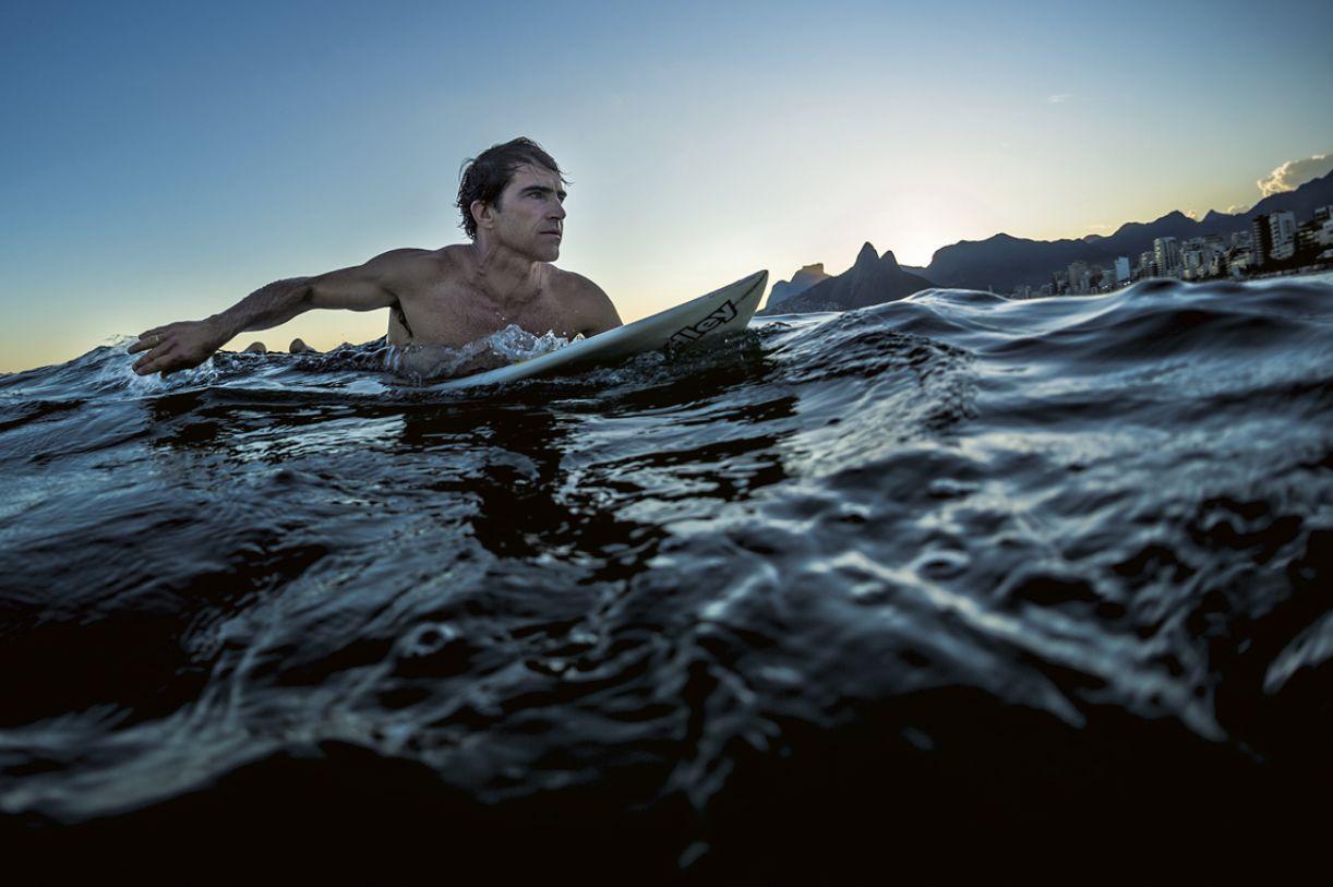 Carlos Burle começou sua carreira nas águas de Boa Viagem e Piedade