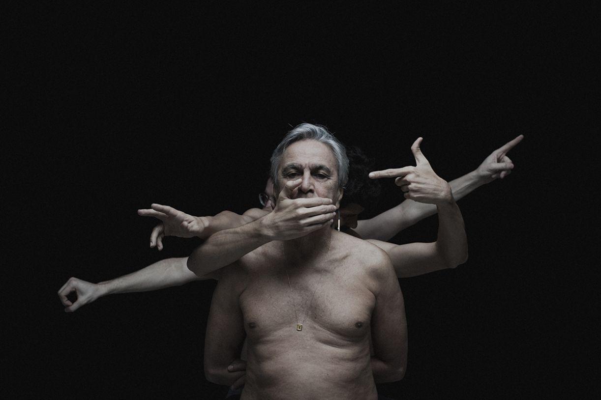 Caetano Veloso, mais um alvo de ofensas de internautas brasileiros