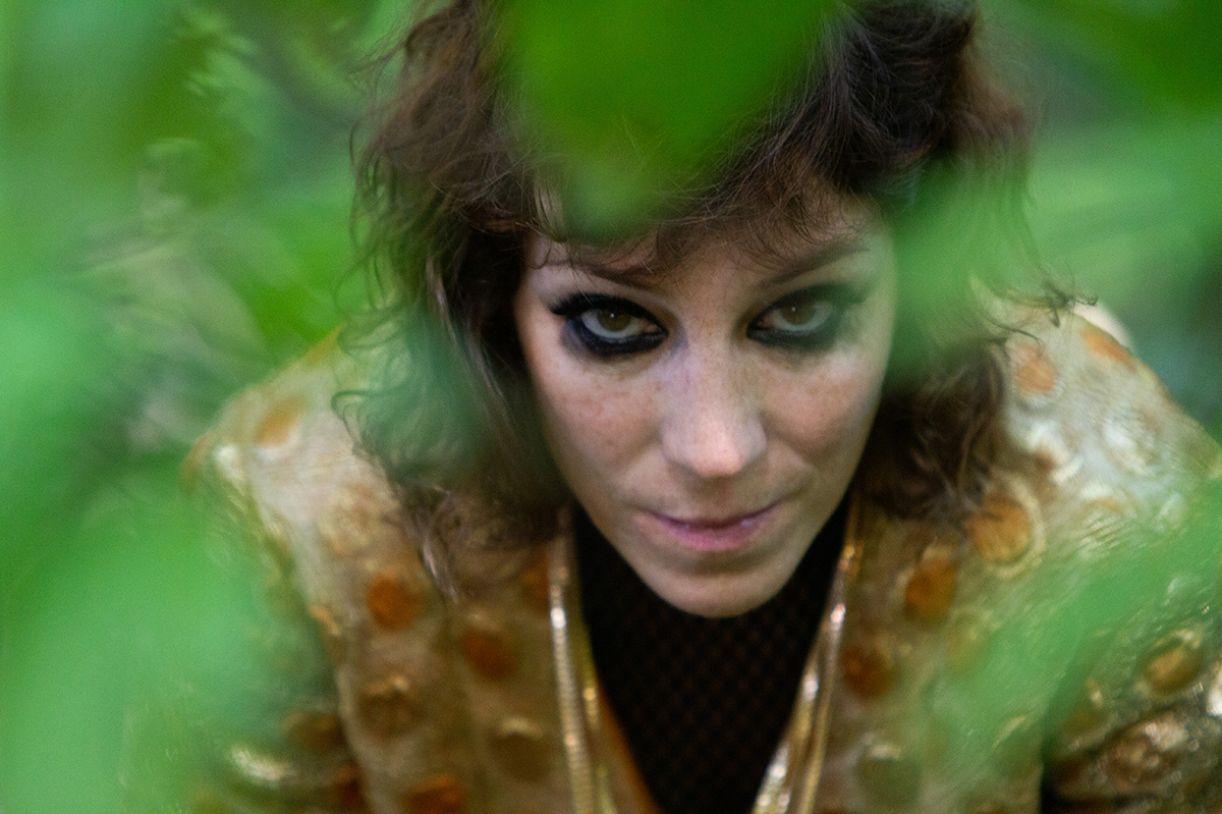 A cantora Karina Buhr, que faz parte da história do festival, fará um show apresentado pela Continente nesta edição