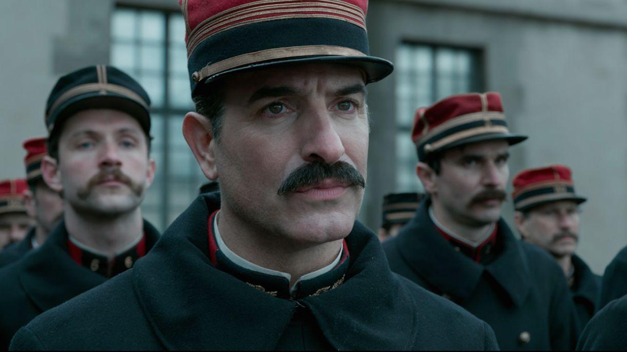 Jean Dujardin (Picquart) em cena do filme 'O oficial e o espião', que estreia no Brasil