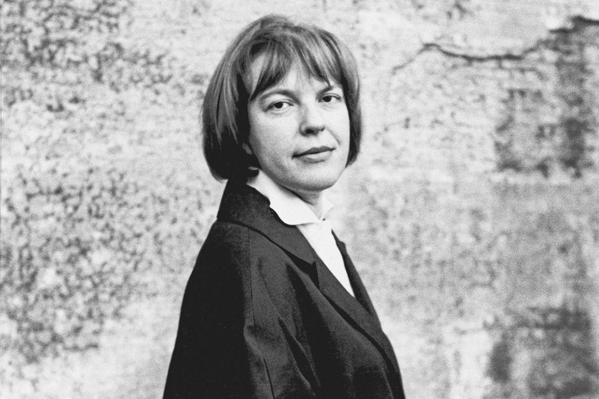 A poeta austríaca Ingeborg Bachmann (1926-1973)
