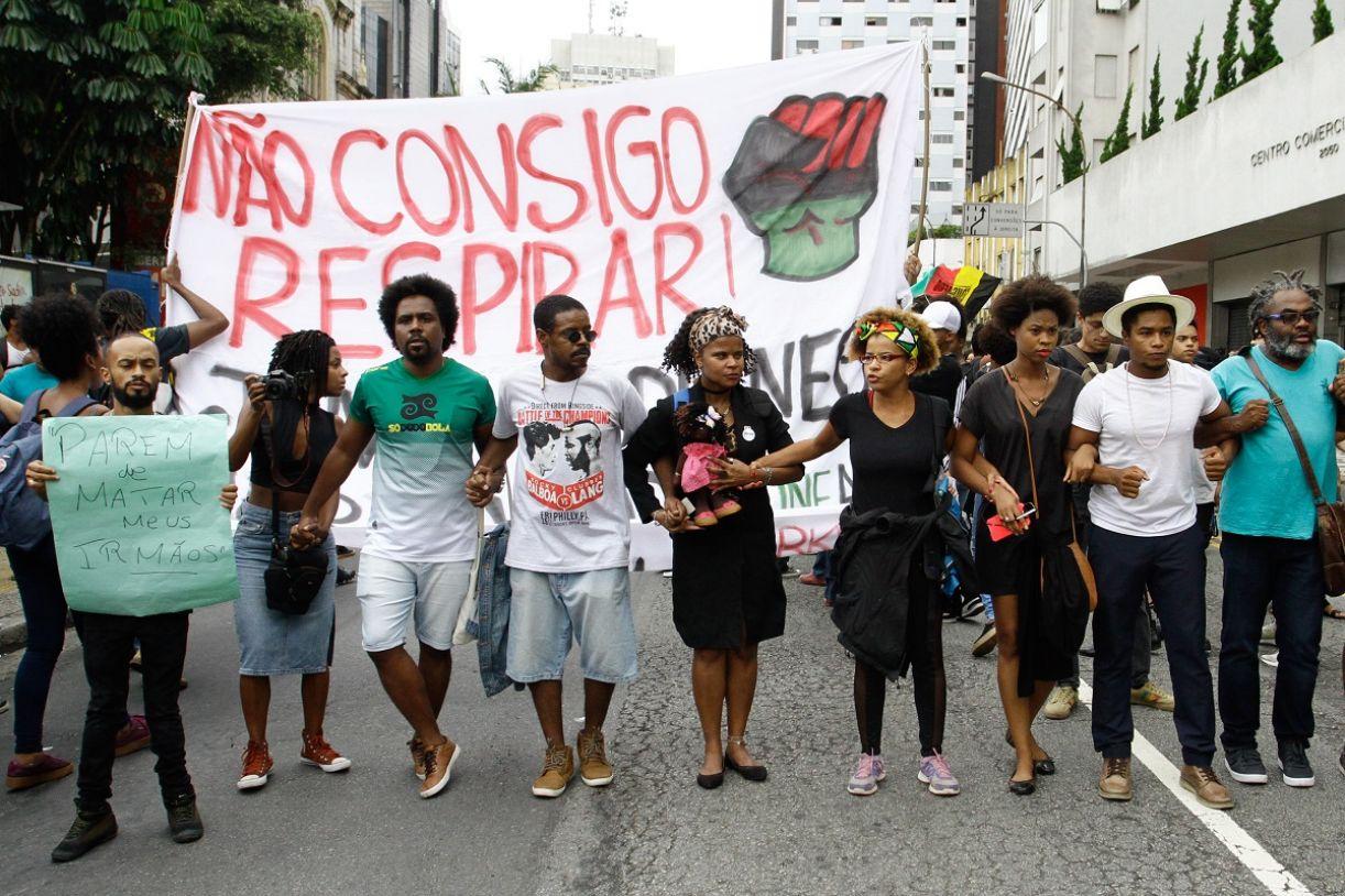 Não foi nos EUA: protesto pela morte de Pedro Gonzaga, em 2019, no supermercado Extra, no Brasil