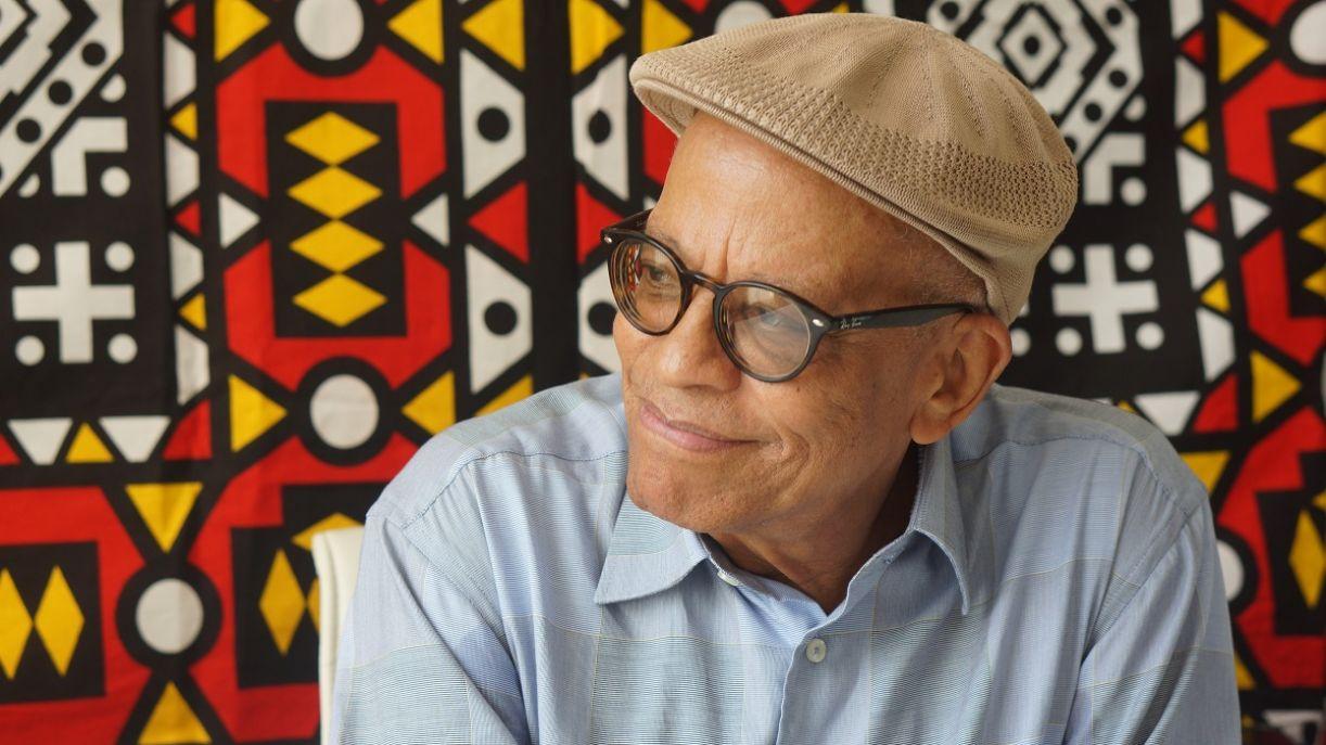 O compositor e escritor Nei Lopes