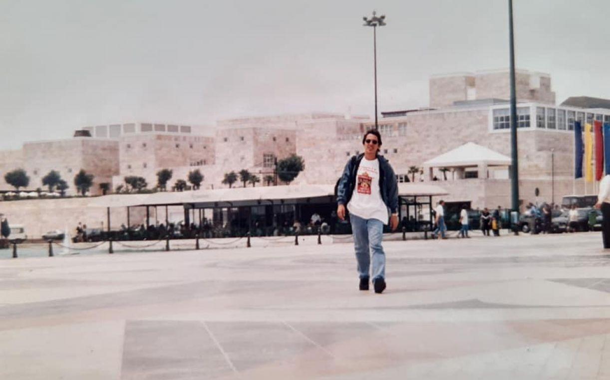O jornalista Beto Rezende em viagem a Lisboa, em maio de 1995
