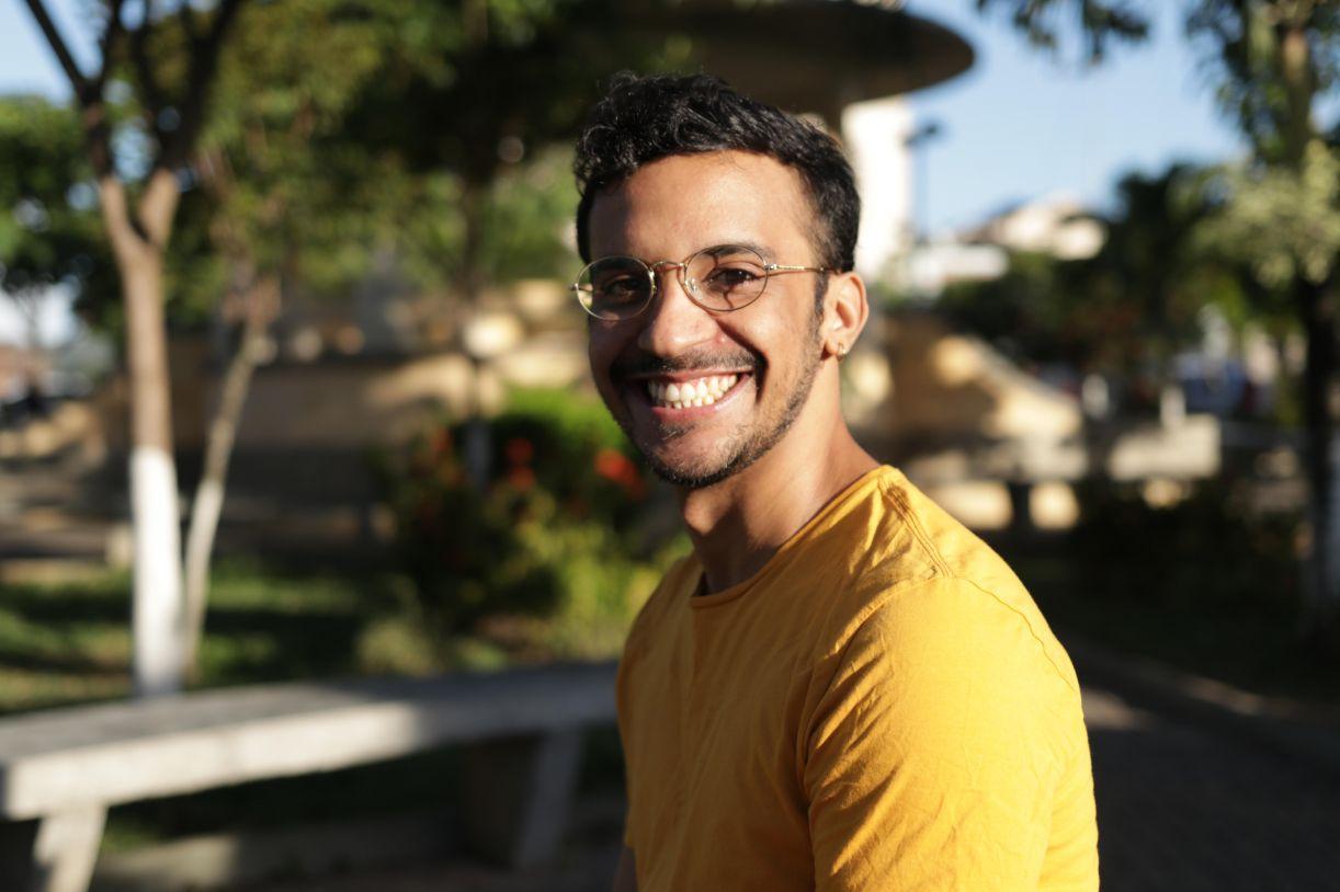 Alysson Souza é realizador audiovisual natural de Vitória de Santo Antão