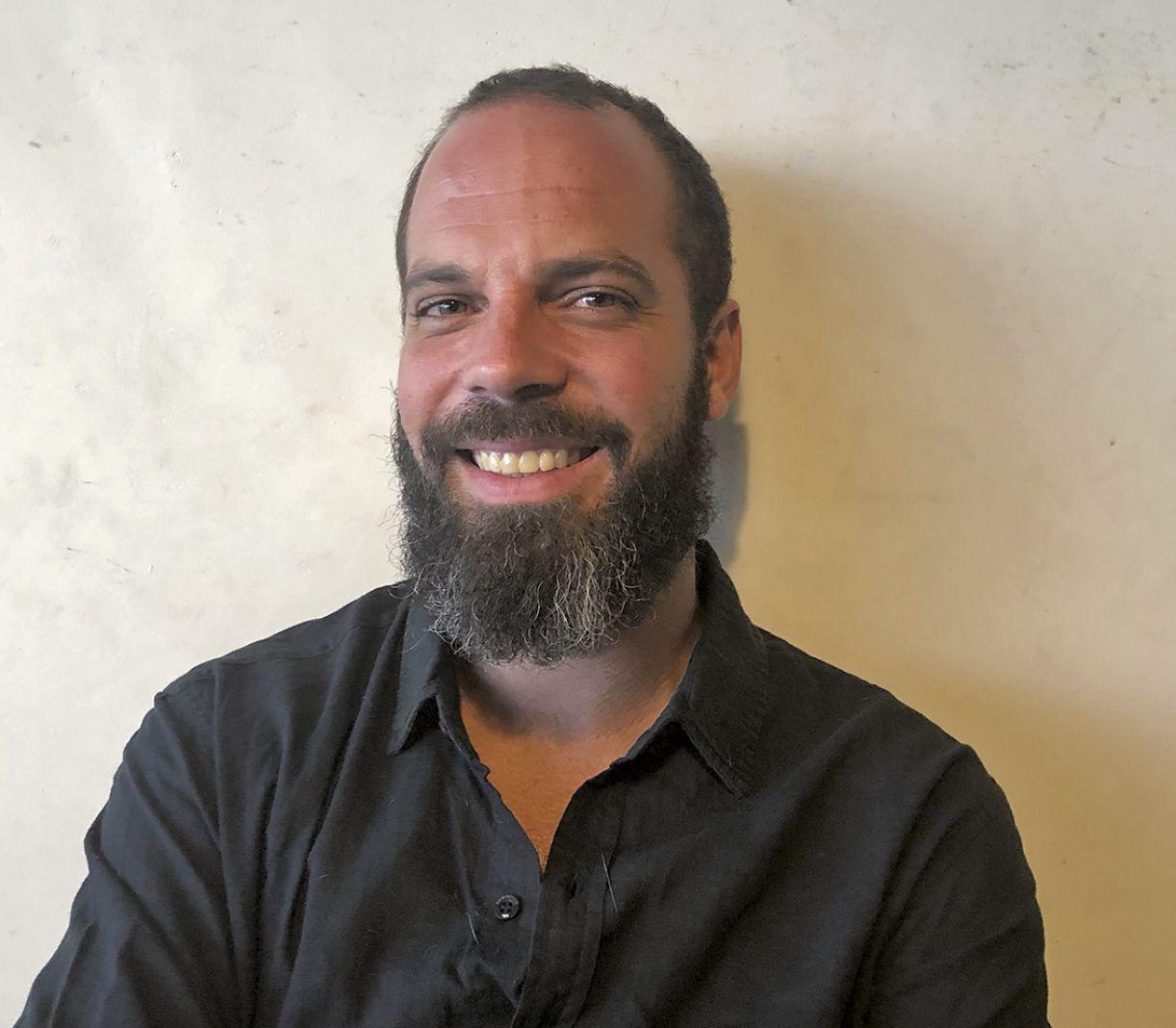 Marcelo Reis de Mello é poeta curitibano radicado no Rio de Janeiro