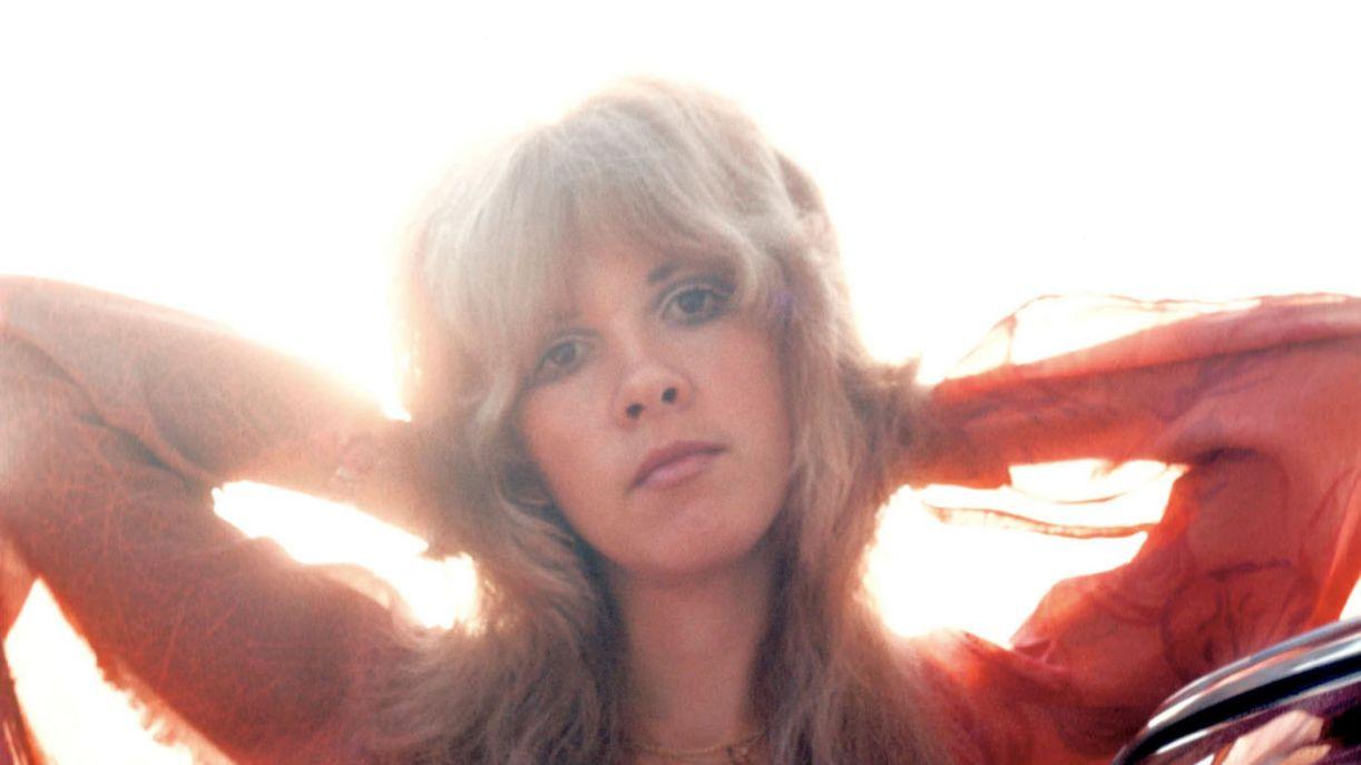 Stevie Nicks, cantora e compositora do Fleetwood Mac, em imagem dos anos 1970
