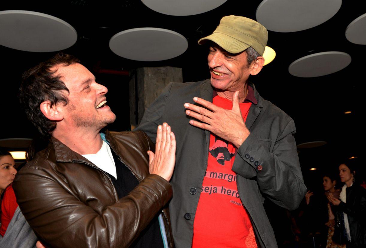 Matheus Nachtergaele e o diretor Cláudio Assis