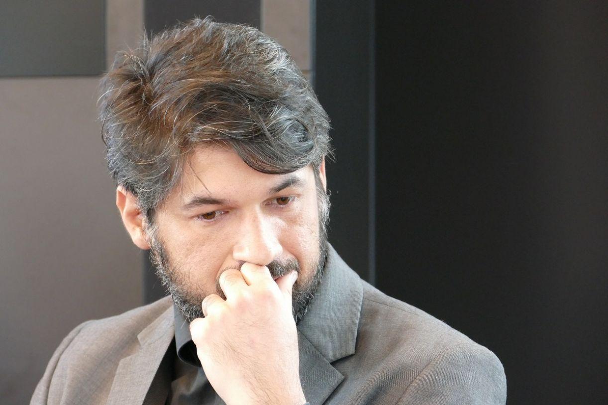 O escritor e poeta Ricardo Domeneck