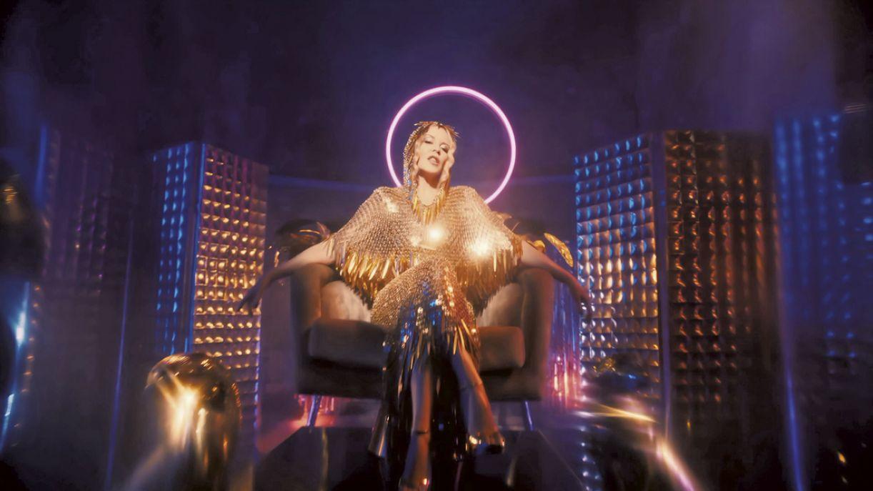 A cantora e compositora Kylie Minogue