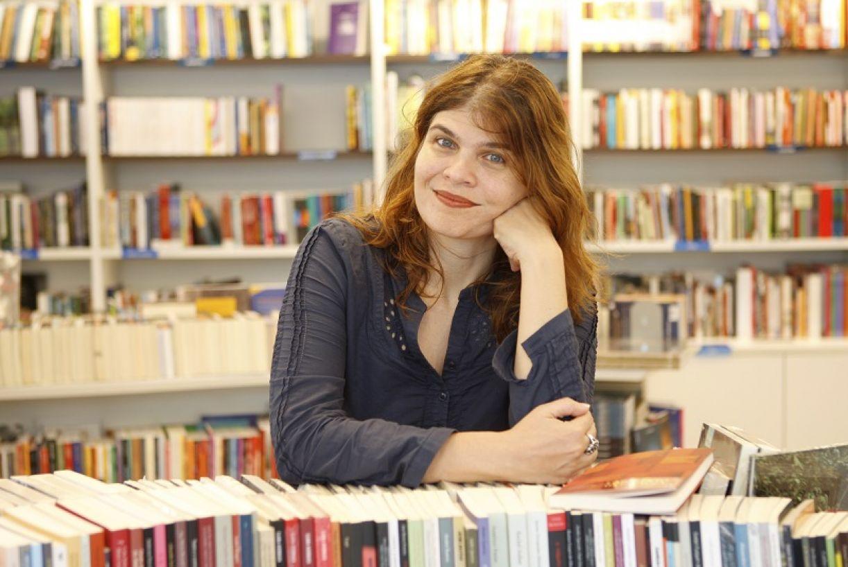 Claudia Lage, escritora e dramaturga carioca