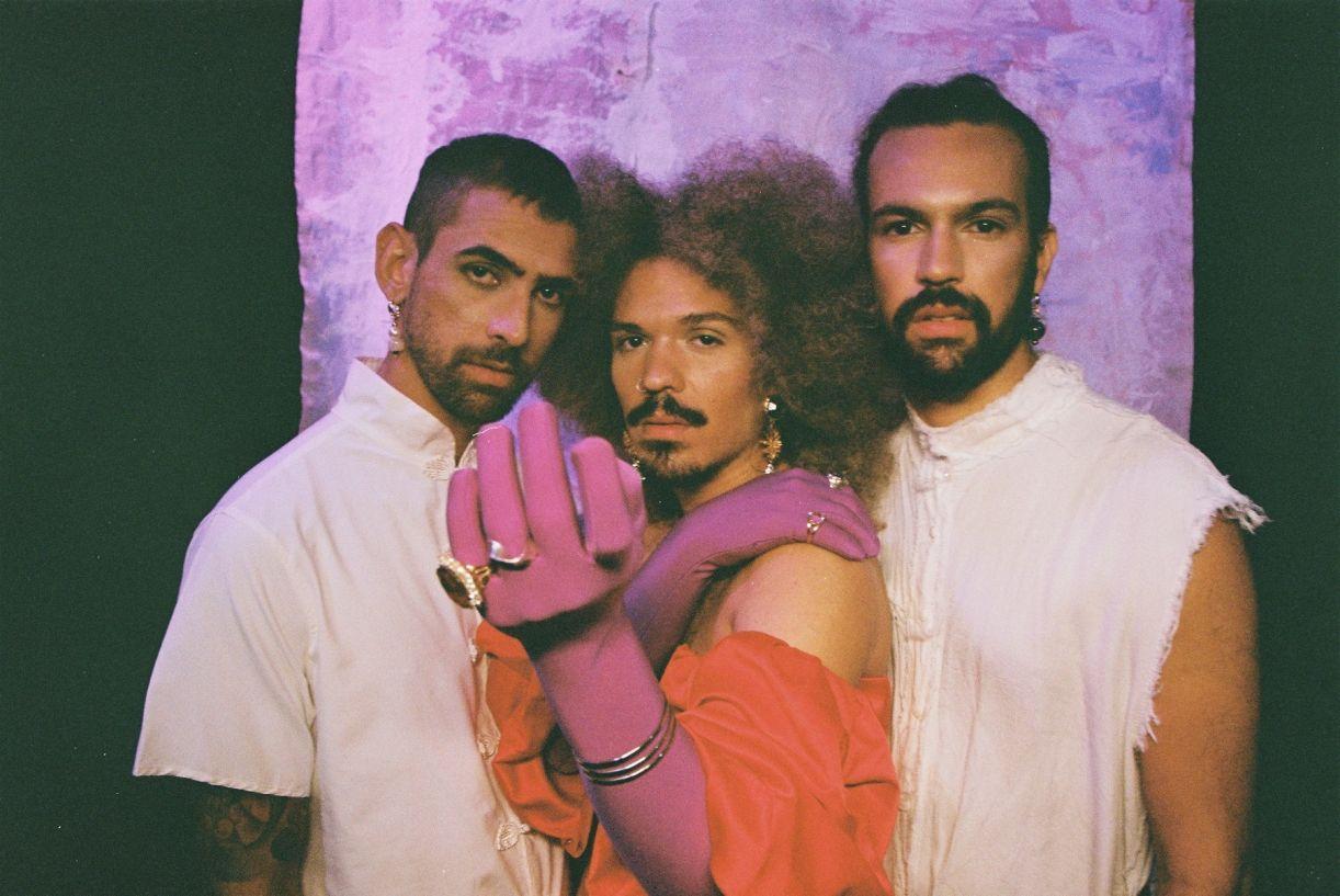 Os integrantes da banda: Ian Medeiros, Jáder e Guilherme Assis