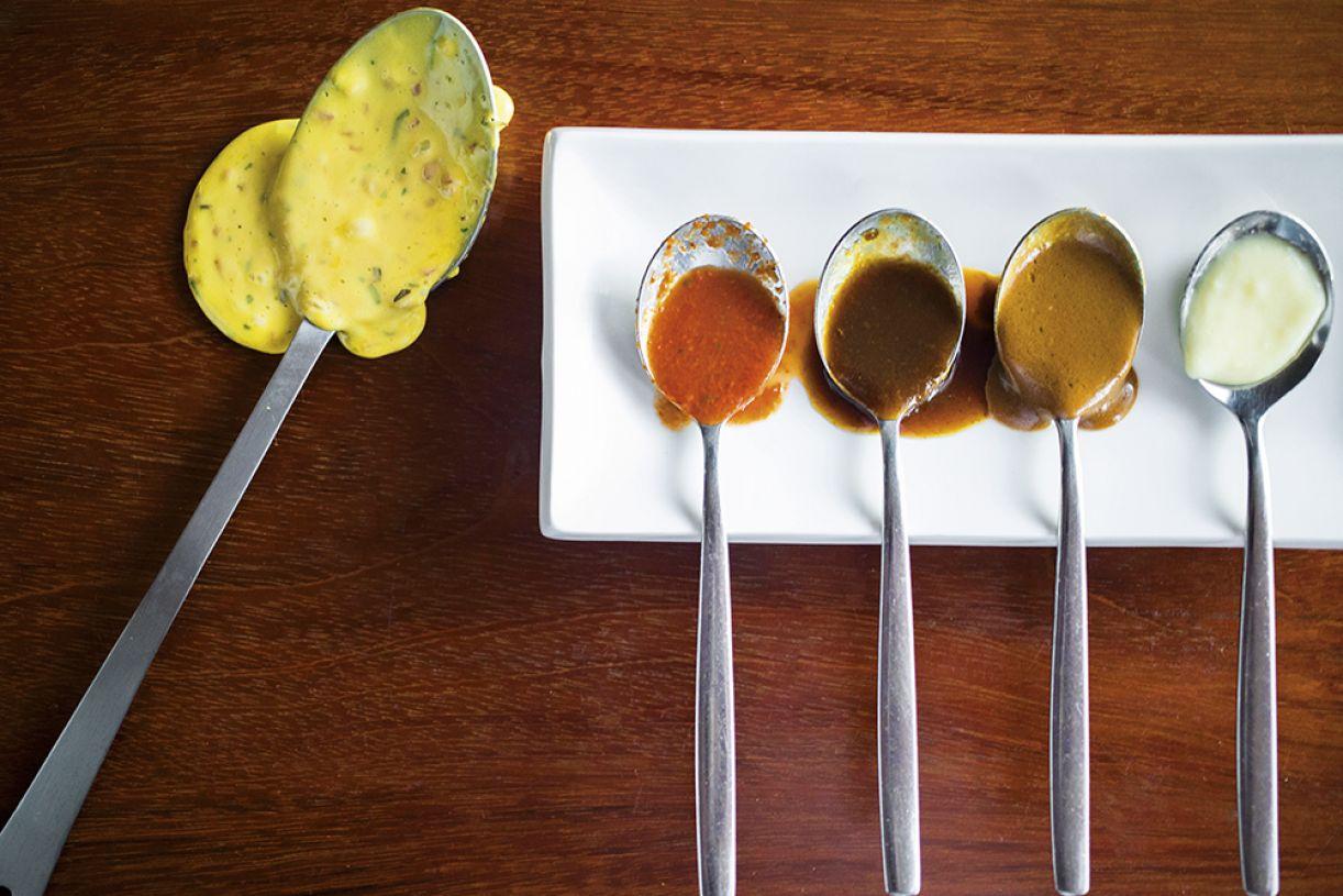"""O chef Joca Pontes, do Ponte Nova, explica que """"o molho precisa do prato. Não funciona sozinho, como suco ou sopa"""""""