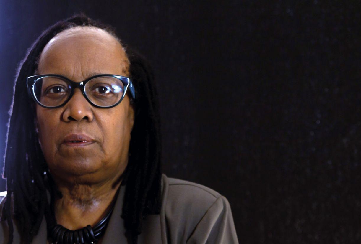 A filósofa e ativista do feminismo negro brasileiro, Sueli Carneiro, foi biografada por Bianca Santana